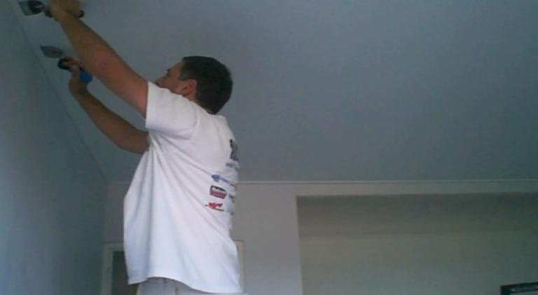 installation etape par etape plafond tendu plafond-tendu-bretagne nantes lorient